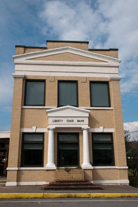 The home office for Dekalb County's oldest bank, built in 1918