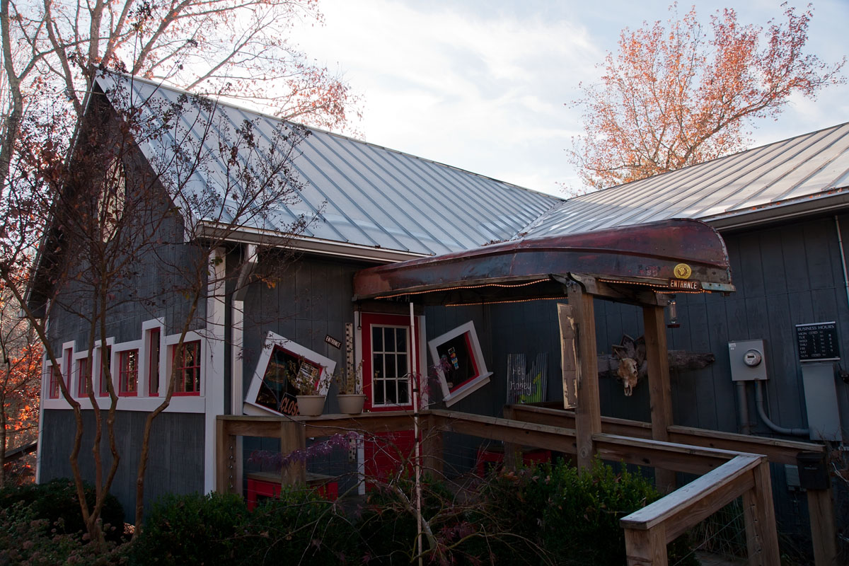 Tennessee white county walling - Walling Tennessee Located Just Off Of Highway 287 The Foglight Foodhouse Offers An Eclectic Menu Including Cajun Cuisine Fresh Seafood